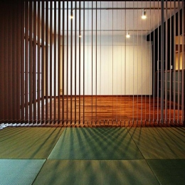 『350 WASABI』和の素材がピリッと際立つモダンな空間 (和室-縦型ブラインドによる間仕切り)