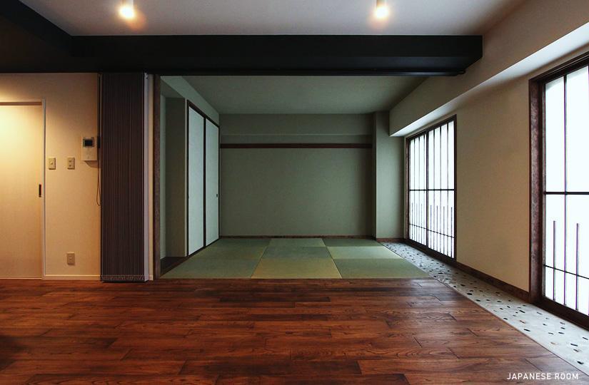 『350 WASABI』和の素材がピリッと際立つモダンな空間の写真 リビングより和室を見る