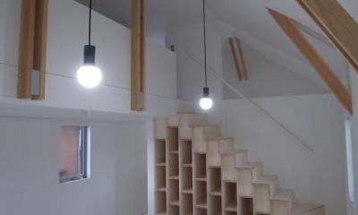 『青海町の家』スタイリッシュなアトリエ兼用住宅 (真っ白なアトリエ空間)