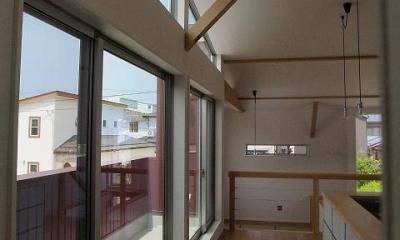 バルコニー・LDK|『八幡の家』シンプルナチュラルな住まい