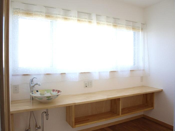 建築家:山﨑景子「『コダマノイエ 』家族をつなぐ柔らかな風合いの住まい」