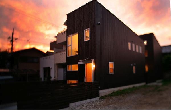 建築家:上原徹也「『間口2間の家』」