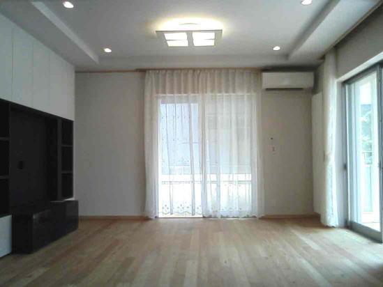 『自然素材と外断熱の家』ナチュラルな住まいの部屋 明るいリビング