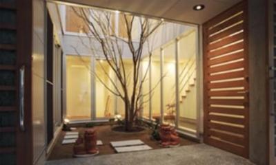 玄関・中庭|『小倉南の家』茶室をもった、中庭のある家