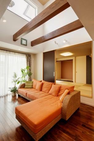 工務店:高砂建設「T邸・リゾートを訪れたような寛ぎ。開放感溢れる家」