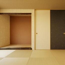 和モダンな和室 (T邸・リゾートを訪れたような寛ぎ。開放感溢れる家)