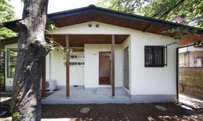 『宝塚の家』和室と洋室を組み合わせた楽しい住まいへ劇的リノベ (外観-勝手口側)