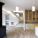 『樟葉美咲の家』屋上緑化と趣味の家