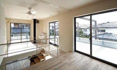 2階アトリエと陶芸コーナー|『樟葉美咲の家』屋上緑化と趣味の家