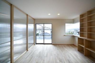 『樟葉美咲の家』屋上緑化と趣味の家 (2階アトリエ)