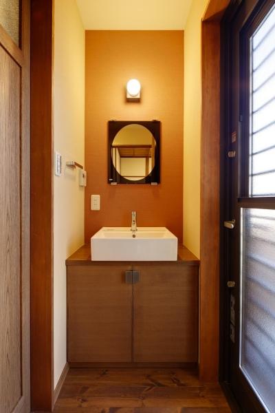 落ち着いた2階洗面スペース (Y邸・若い世代の為の和の住まい)