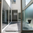 贄田健一の住宅事例「『Ya邸』中庭が家族をつなぐ住まい」