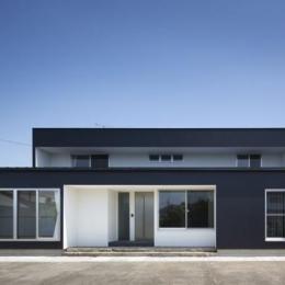 『A1-House』シンプルモダンなバリアフリー住宅 (シンプルモダンな外観)