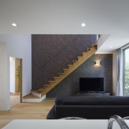 『A1-House』シンプルモダンなバリアフリー住宅 (キッチンよりリビングを見る)