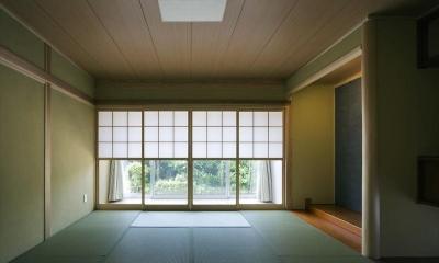 『A1-House』シンプルモダンなバリアフリー住宅 (優しい光の差し込む和室)