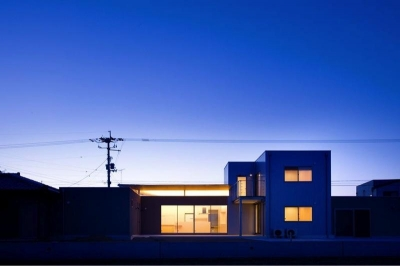 外観夜景 (『K3-House』ペットと共に生き生きと暮らす住まい)