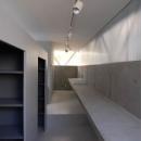 二宮博・菱谷和子の住宅事例「『VVV(フェーフェーフェー)』シンプルモダンな二世帯住宅」