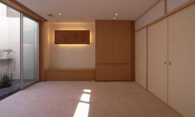 中井の家 (地下稽古場前室)