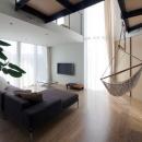 『三叉の家』生活スタイルに合った多彩な暮らしを演出する住まいの写真 寛ぎのリビング