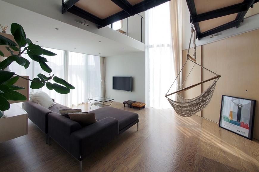 『三叉の家』生活スタイルに合った多彩な暮らしを演出する住まいの部屋 寛ぎのリビング