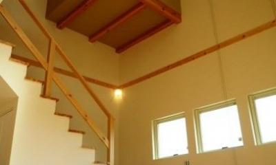 『浮き書斎の家』寝室から独立した斬新な書斎のある家 (浮き書斎)