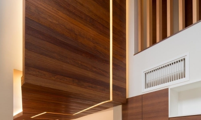 K9-house 「木と光の家」