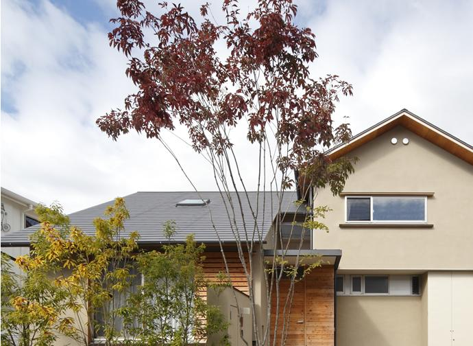 『山手台の家』木の素材感・質量感を生かした和テイストの住まいの部屋 山手台の家