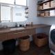 洗面所-木の洗面カウンター (『岡本の家』木の温もりを感じる心地よい住まい)