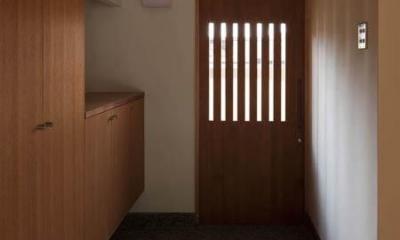 左京の町家/築100年以上の京町家をリノベーション (温かな玄関土間)