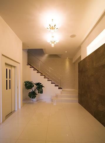 ヤマヒサ「T様邸「斬新なプランで遊びごころを取り入れた開放的な家」」