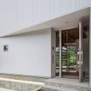 『よみうりランド前の家』仕事と主婦業の両立がしやすい住まいの写真 玄関ポーチ