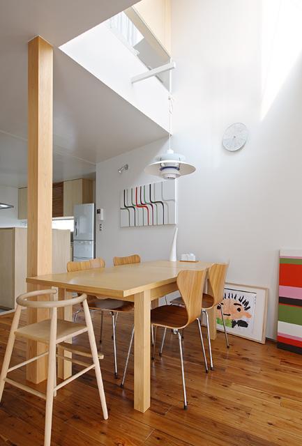 建築家:荒木毅「『片瀬山の家2』景色を楽しめる屋上デッキのある住まい」