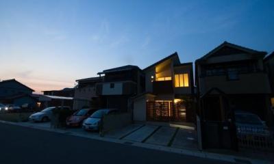 外観夜景|『YO.house』光と風が行き届く、優しさに包まれた住まい