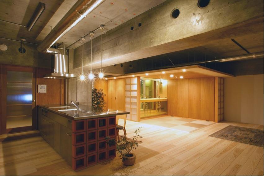 建築家:葛川かおる「『ハイサイはうす』素材感、質感を生かすマンションリノベ」