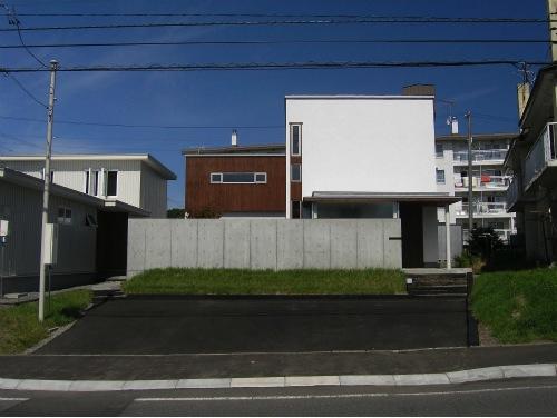 『house @ ck』大人シンプルモダンな住まいの部屋 シンプルモダンな外観