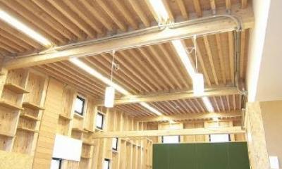 高崎T邸・正直素材仕上げの家 (化粧垂木天井のリビングダイニング)