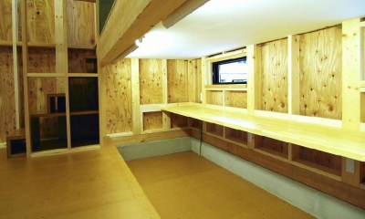 下側に設置した子供室ロフト|高崎T邸・正直素材仕上げの家