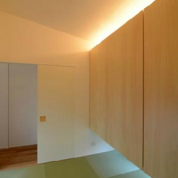 ゲストルームを兼ねた和室 (『YM-house』光と風を採り込む方流れ屋根の家)