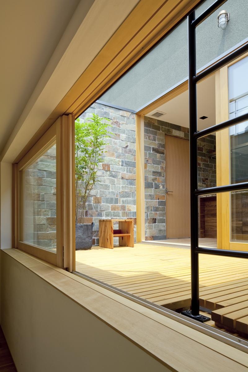 建築家:安河内 健司/西岡 久実「ミドリノイエ」