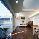 横山侑司の住宅事例「『大田区K邸』中庭でつながる二世帯コートハウス」