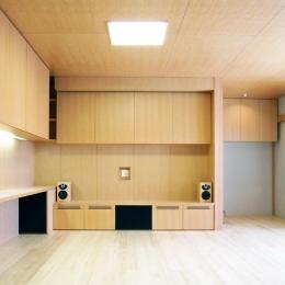 『楽しむ家』ホームシアター・サウナ・ブランコのある家 (リビングシアター-1)