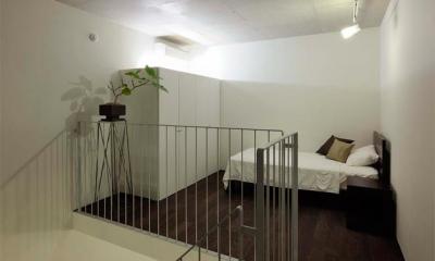 コンパクトなベッドルーム|『モデルルーム Sunlight of calm』彩り豊かな住まい