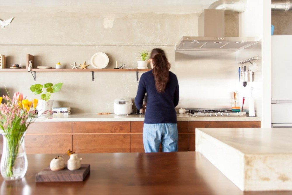 団地リノベーション!休日は家でボルダリング アウトドアを楽しむ家 (キッチン)