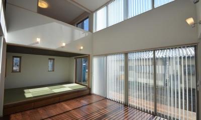 『六供後の家』門型ファサードのモダン住宅