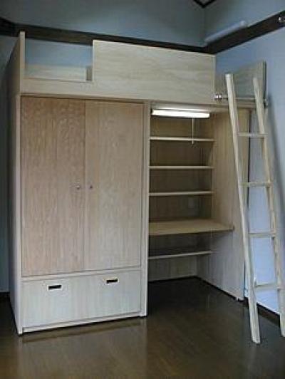 町家民家の移築再生 土間を取り込む新生活町家 (ロフトベッドのある洋室)
