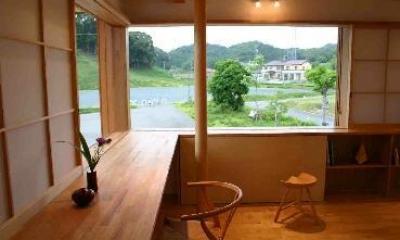 『和光の家1』木の質感溢れる温かな住まい (緑を取り込むスタディースペース)