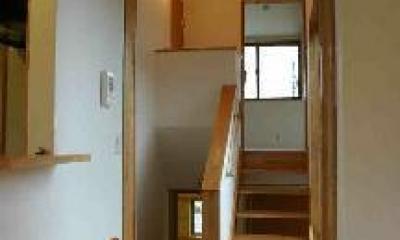 『和光の家1』木の質感溢れる温かな住まい (スキップフロア)