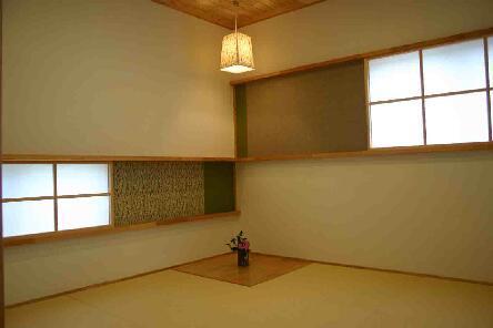 『和光の家1』木の質感溢れる温かな住まいの部屋 こだわりの和室