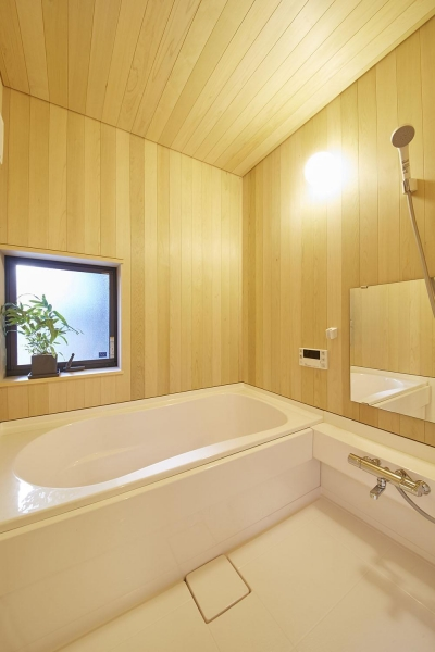 柳崎の住宅 (浴室)