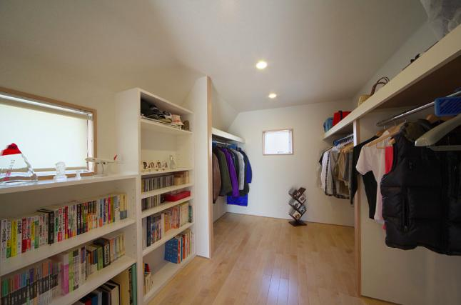 建築家:広野 有一「『坂の家』柔らかでナチュラルな住まい」